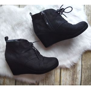Dolce Vita DV Faux Suede Wedge Booties